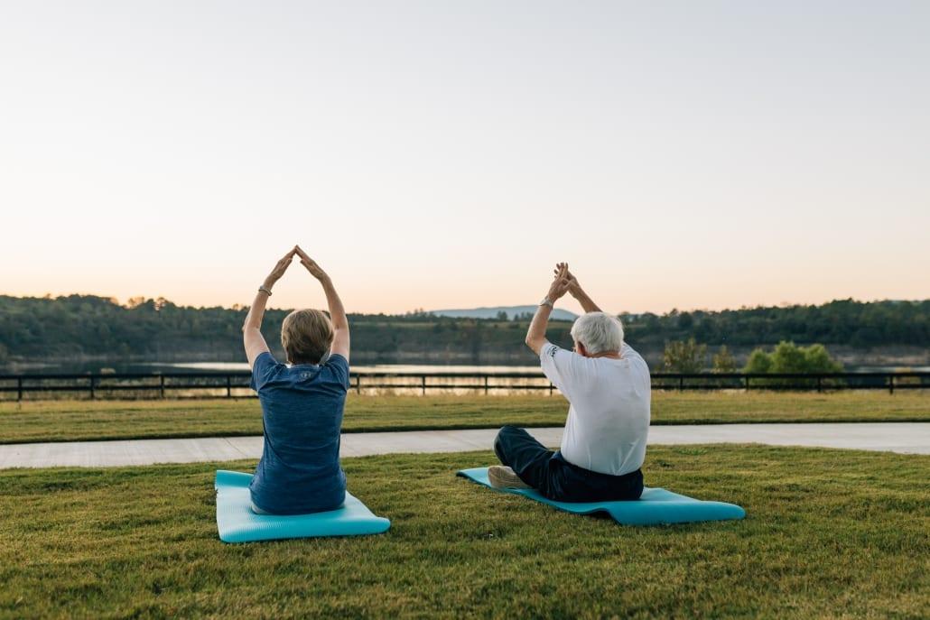 Yoga-1030x687